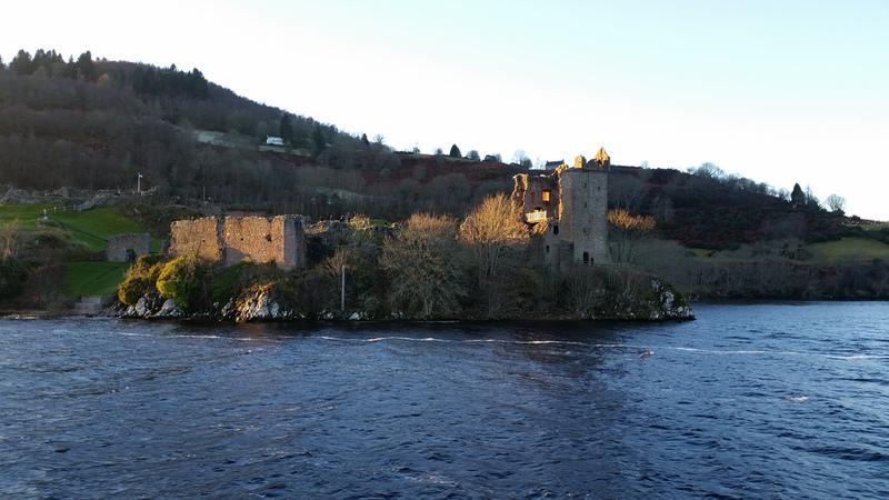 Goboony May Holiday Scotland Loch Ness Castle