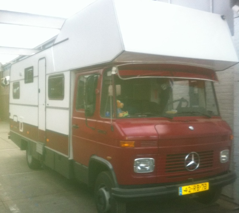 Goboony coole campers stoere papas mercedes camper