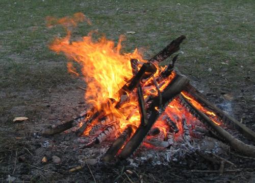 goboony motorhomes blog campfires fire