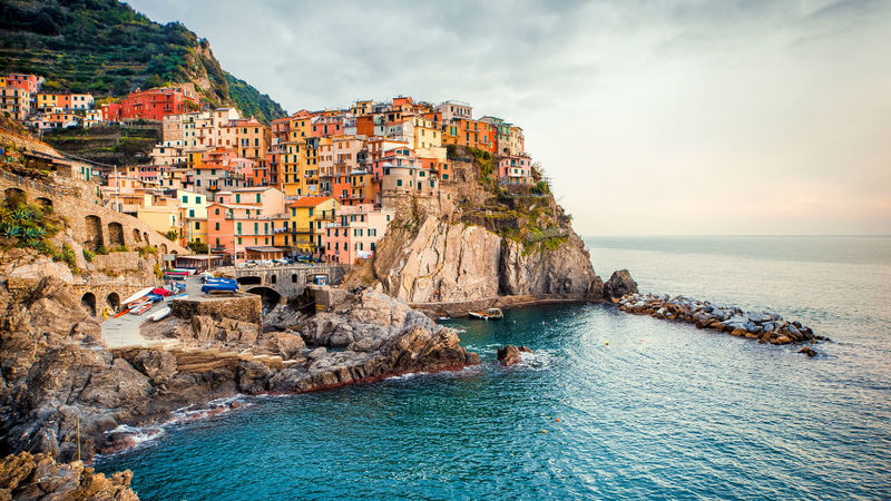 Goboony Italy Cinque Terre cliffs sea holiday