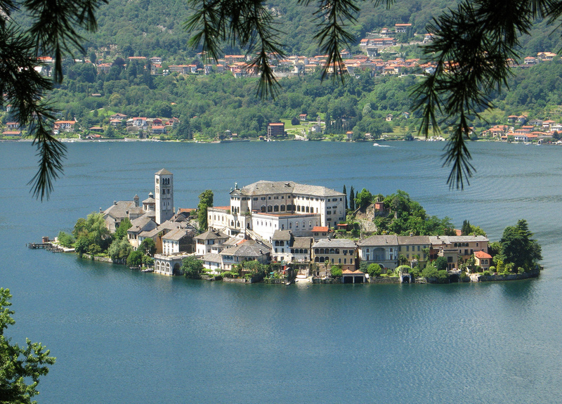 goboony motorhomes blog lakes in italy lake d'orta