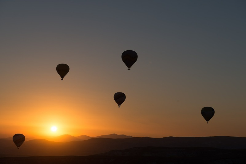 goboony motorhomes blog best photos sunset balloons