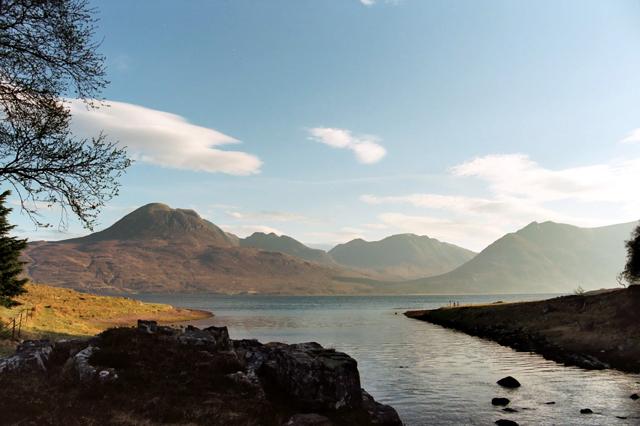 Goboony Hiking in Scotland Beinn Alligin Wester Ross