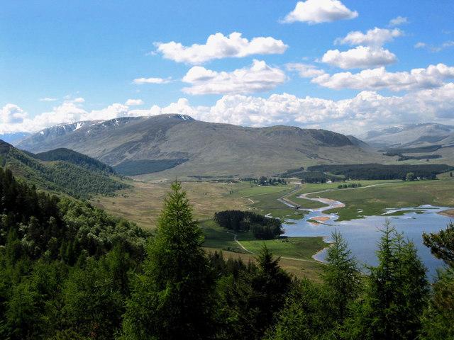 Goboony Hiking Scotland Dun da Lamh Fort