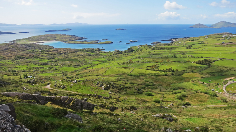 Go on a road trip to Ireland and experience its beauty H2 Goboony Road Trip Ring of Kerry Ireland
