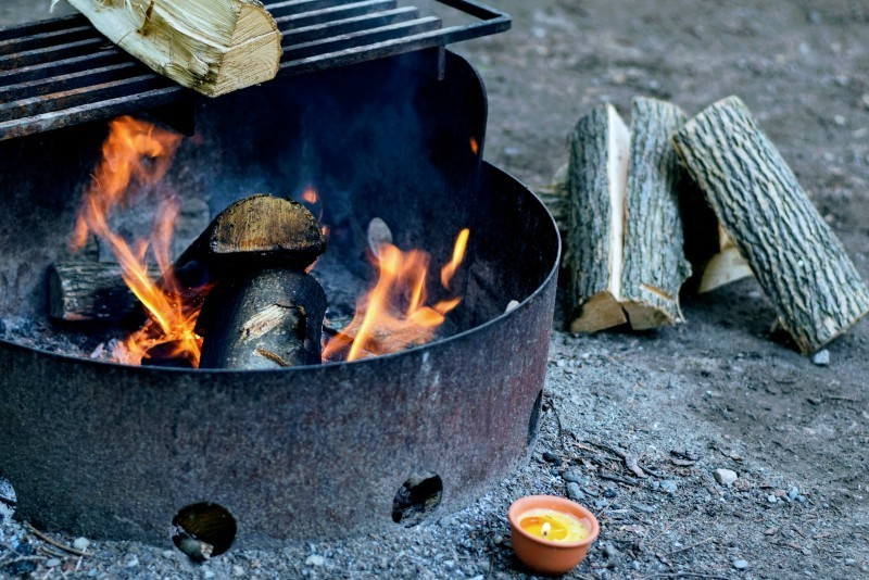 Goboony spring camping campfire logs burning