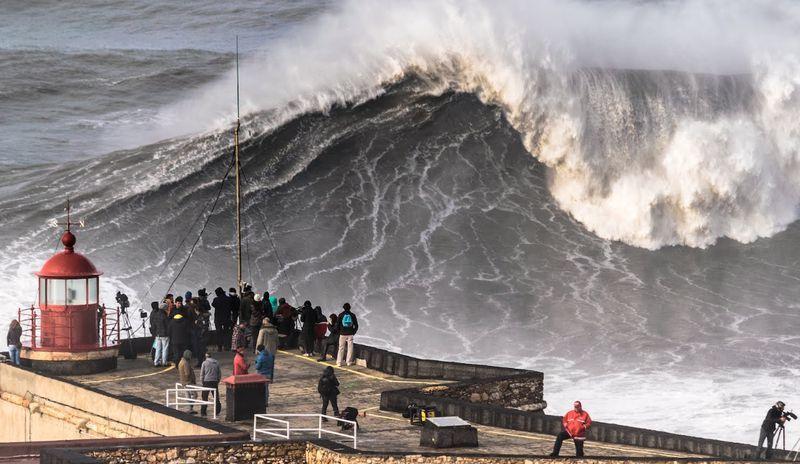 Goboony Portugal Motorhome visit Nazare Big wave surf