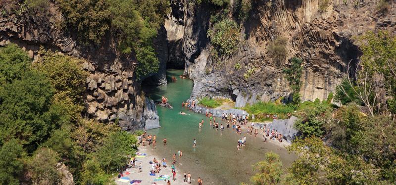 Goboony_-_Sicilia_in_camper_Alcantara.001