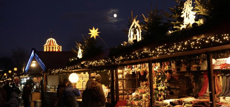Goboony Scotland Christmas Markets Night Stars Stalls