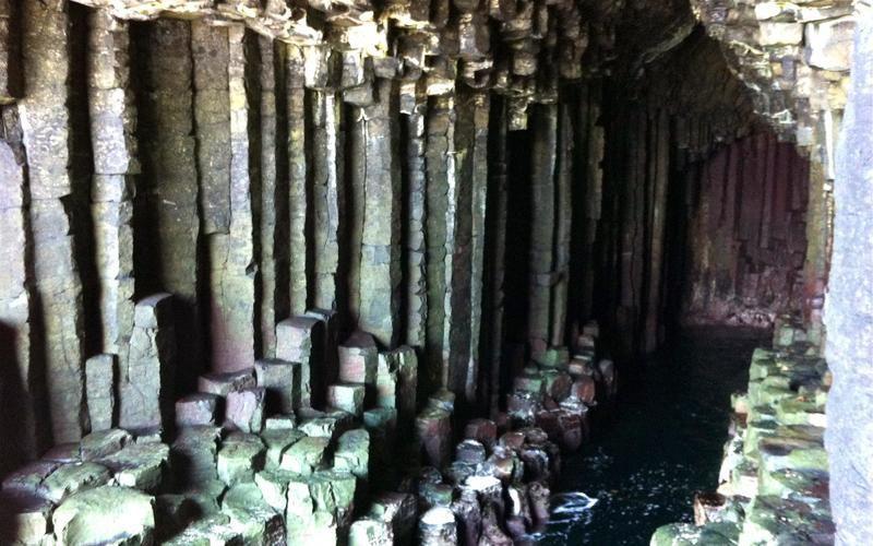 Grotta di Fingal