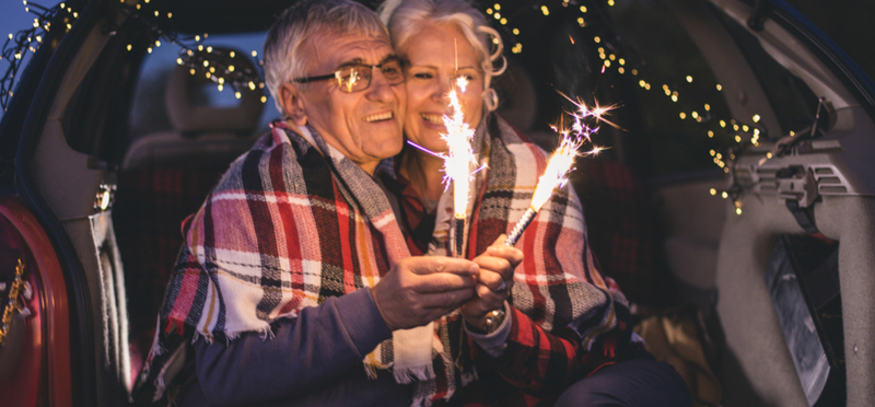 Goboony Christmas Camping H2 Elderly Couple Sparklers