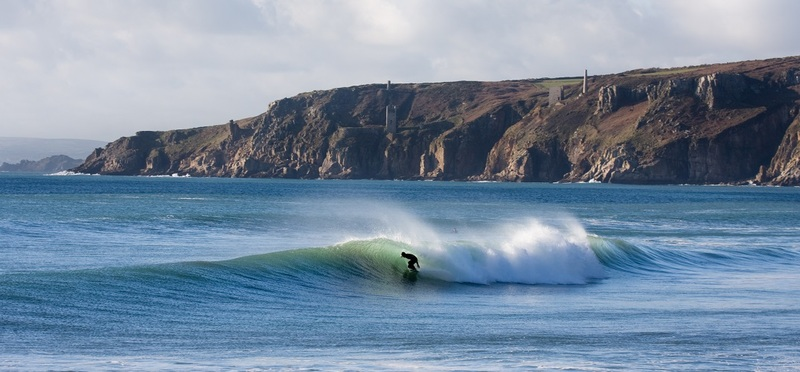 Surfing Holidays in Cornwall H2 Goboony Surf Sea Hill Surfer Nature