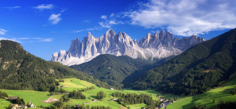 Best Campsites in Italy H2 Goboony Beautiful Mountains Nature Dolomites