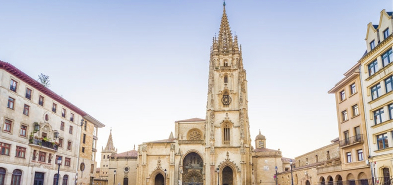 content_Goboony-_Itinerario_Spagna_del_Nord-_Oviedo.001