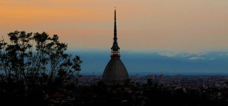 content_Goboony-_Torino_in_Camper-_Mole_Antonelliana.001.