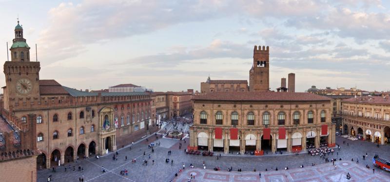content_Goboony-_Bologna_in_Camper-_Centro_Storico_.001.