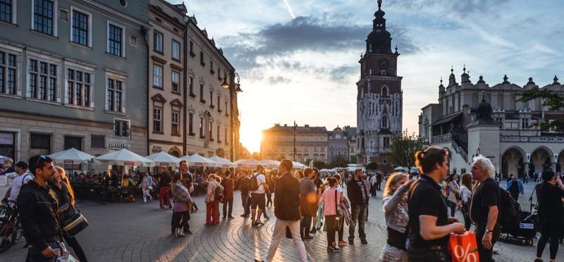 Goboony met de camper naar Polen Rynek Glowny Krakau