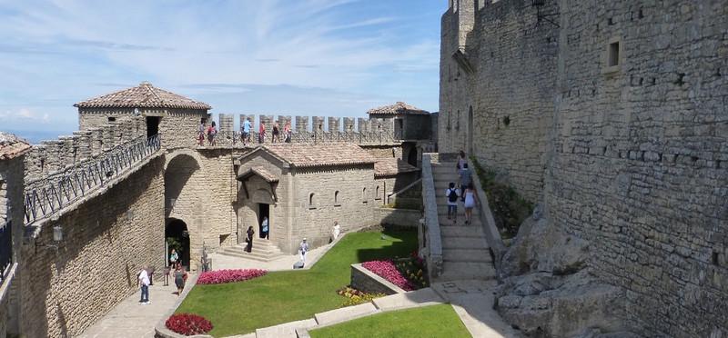 /content_san_marino_castello.jpg