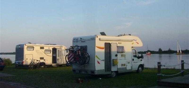 Goboony Camperplaatsen aan zee Lauwersoog