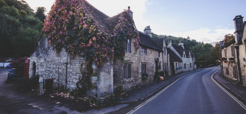 Goboony Cotswolds England Village H2 Summer Holiday Destination UK