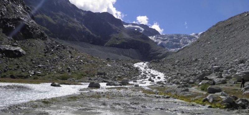 Goboony Camperplaats Water Glacier de Moiry