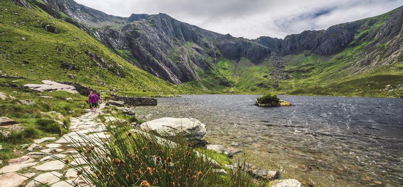 Goboony Wales Mountain Lake H2 Nature Camping
