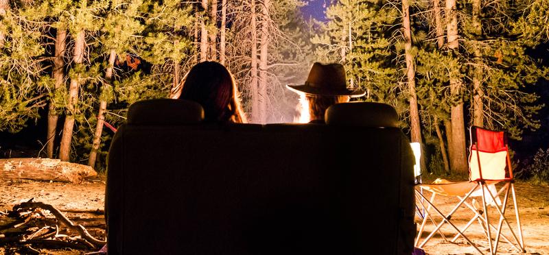 Goboony Vacanza in Camper Falò campeggio