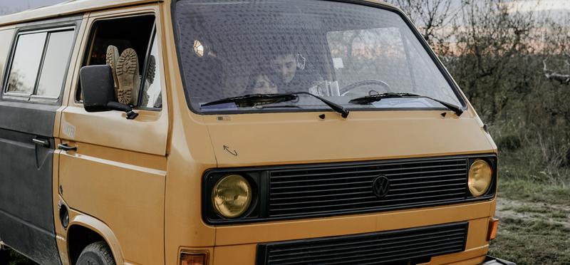 Goboony Campervan Motorhome People H2 Couple