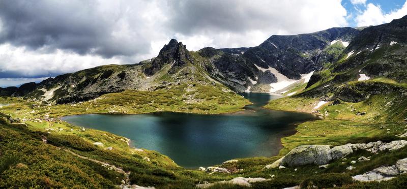 Goboony Bulgaria Travel Trip H2 Road trip Mountain Nature