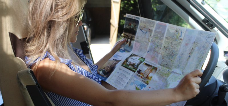 Goboony map girl direction h2 driving road trip