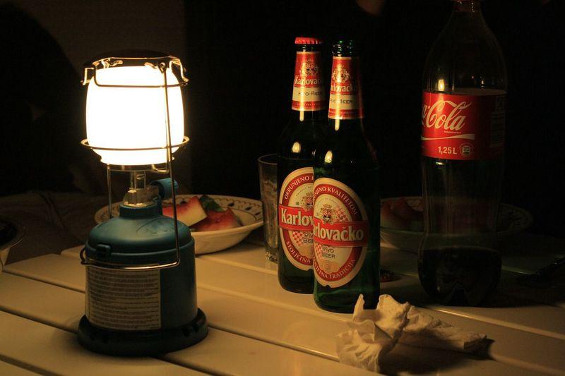 Tips tegen muggen gebruik een elektrische vliegenmepper in je camper