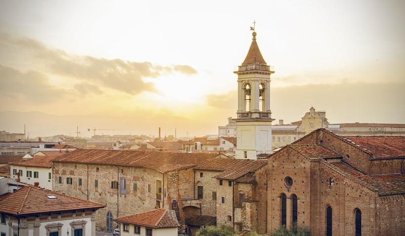 Op vakantie met de camper in Italië zie je veel Kerkjes