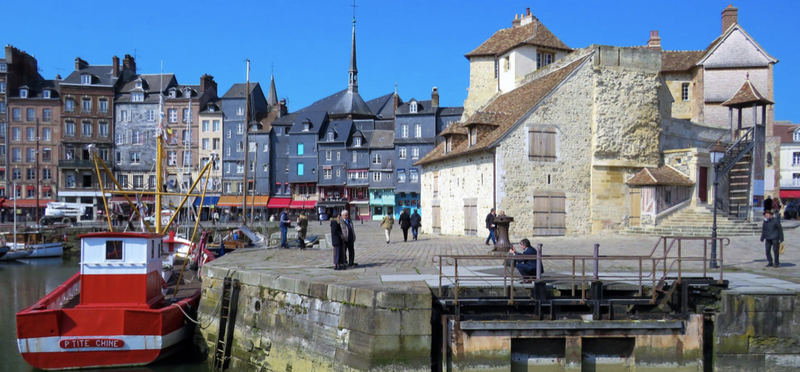Goboony town Normandy village h2 port calvados