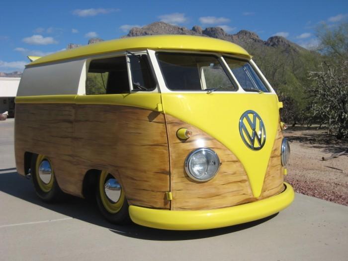 Gelber außergewöhnlicher VW Bus