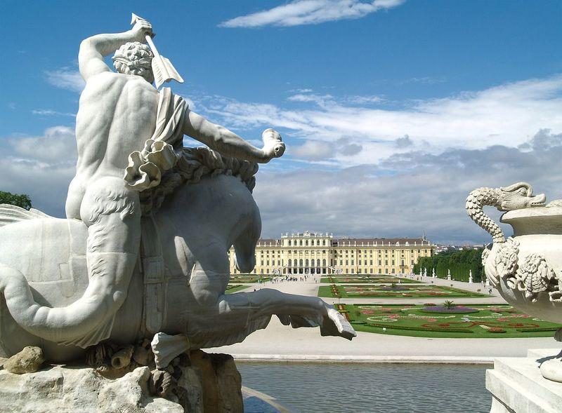 Campervakantie naar Hongarije via Wenen