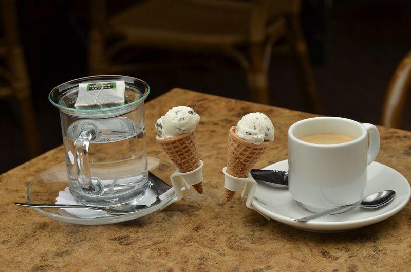 Overwinteren in Spanje met de camper ijsjes eten