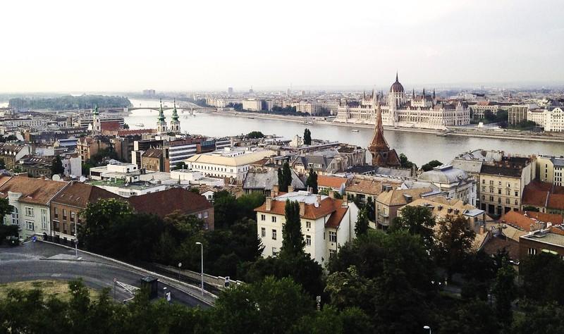 Goboony-Hongarije-Boedapest-camper-camperhuren