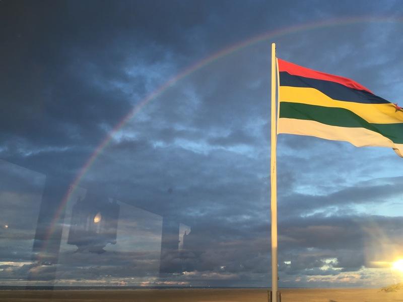 met camper naar waddeneilanden terschelling vlag