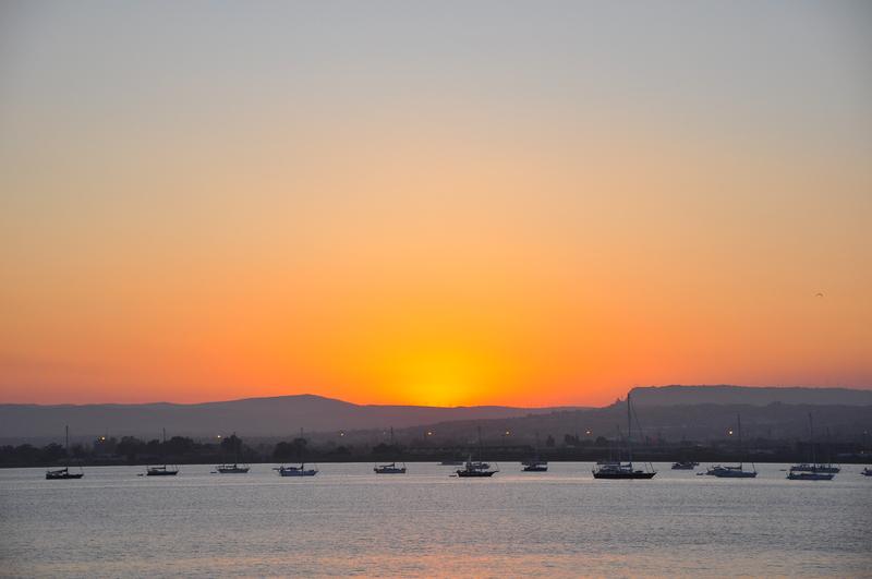 goboony camper sicilie Italië zee boot zon