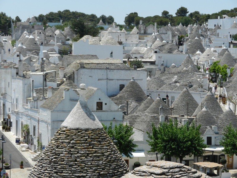 Goboony Southern Italy Alberobello white buildings skyline