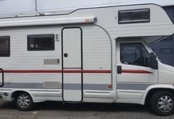 Camper 2 – 5 persoons camper met rondzit