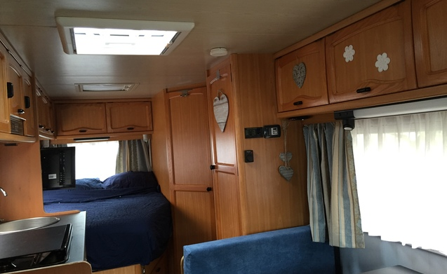 Onze DROOM! – Te huur zeer luxe camper 2.5 turbo