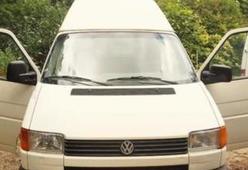 Volkswagen transporter 1993 met trekhaak te huur