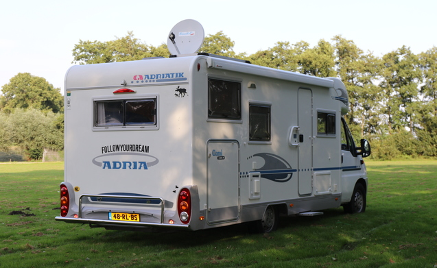 "Follow Your Dream – ""Follow Your Dream"" with a luxury tough camper?"
