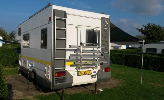 Familie Camper 5 pers. Knaus 2.5 turbo Diesel dichtbij Eindhoven - Helmond