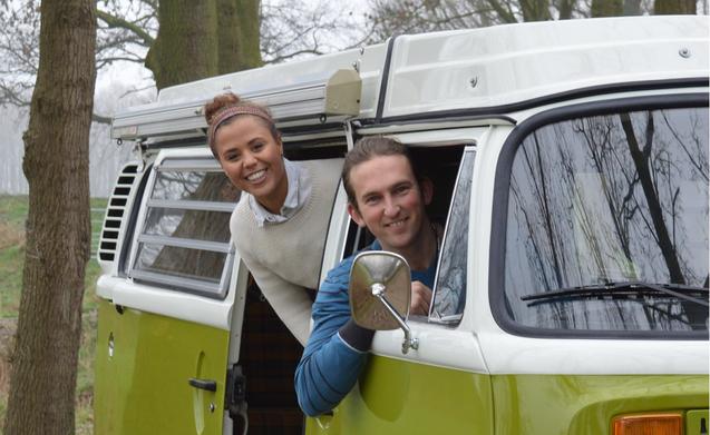 Scover – Te huur Volkswagen T2 camper volledig gerestaureerd!
