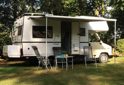 Gezellige familie camper met Wifi