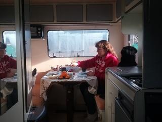 Camper huren ? goedkoop en vrijheid genietend onderweg met oldie