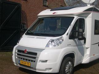 Absolute  nieuwstaat  rijdende Burstner Nexxo t 728 NU OVERWINTEREN