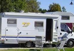 Camper 104 – Burstner 647G - Ruime 6 persoons camper met vaste bedden en garage
